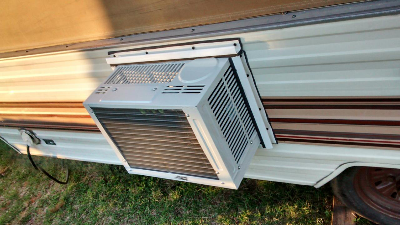 Small Air Conditioner Heater Combo Window Unit